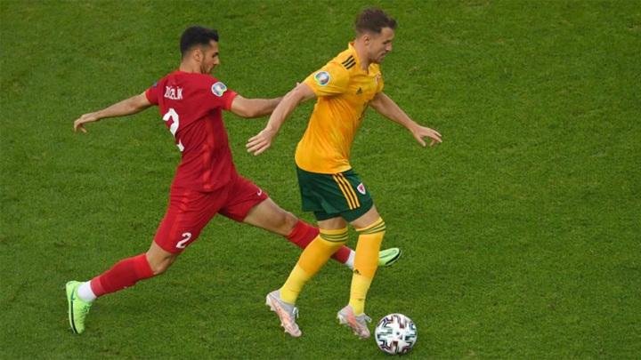 В матче Турция – Уэльс произошла потасовка