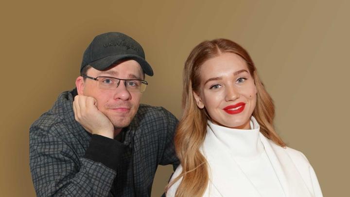 Асмус намекнула, что ее новый роман начался еще в браке с Харламовым