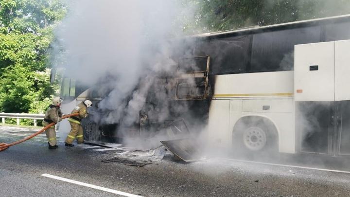 Число пострадавших в ДТП с детскими автобусами выросло до 16