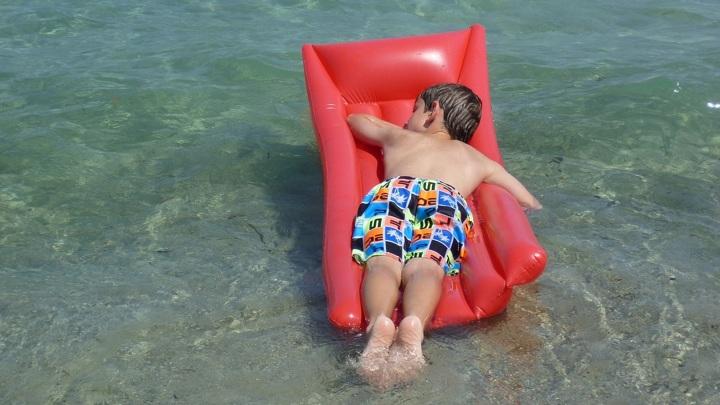 Эксперты рассказали, как выбрать лагерь для детского отдыха