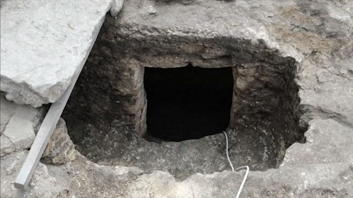 Археологи обнаружили раннехристианский склеп IV-VII веков в Южном пригороде древнего Херсонеса