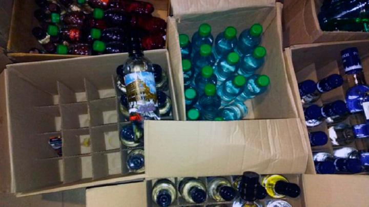 """""""Опасный спирт"""": липчанин ответит за более 7 тысяч бутылок контрафактного алкоголя"""