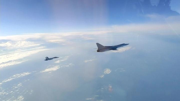 Российские дальние бомбардировщики пролетели над нейтральными водами Черного моря