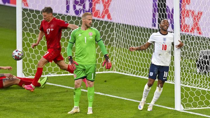 УЕФА начал дисциплинарное разбирательство по итогам полуфинала Евро Англия – Дания
