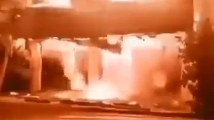 В Тегеране возле офиса телерадиокомпании прогремел взрыв