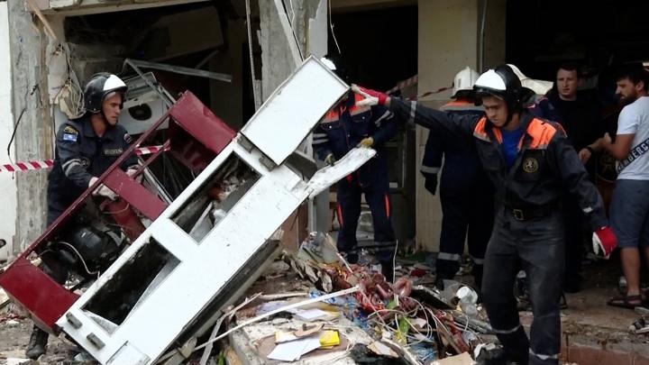 Режим ЧС введен в Геленджике в районе взорвавшейся гостиницы