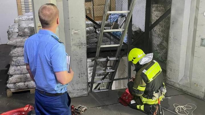 Грузовой лифт рухнул на юго-востоке Москвы