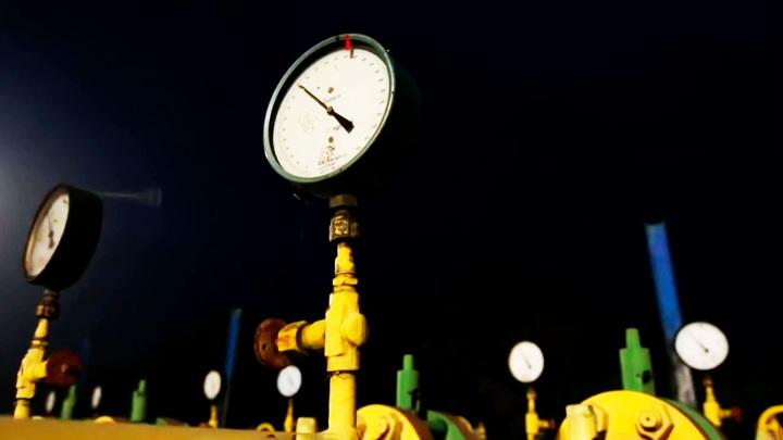 Экстренные службы в Пермском крае ликвидируют масштабную утечку газа