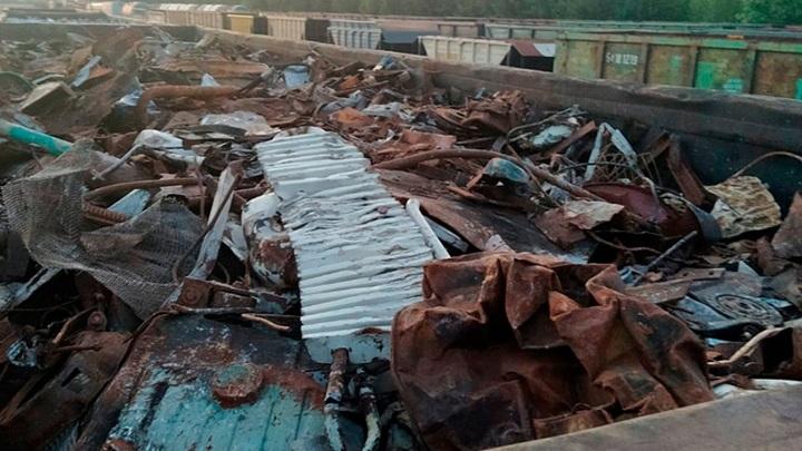 Ельчане пытались украсть почти 2 тонны металлолома из вагона