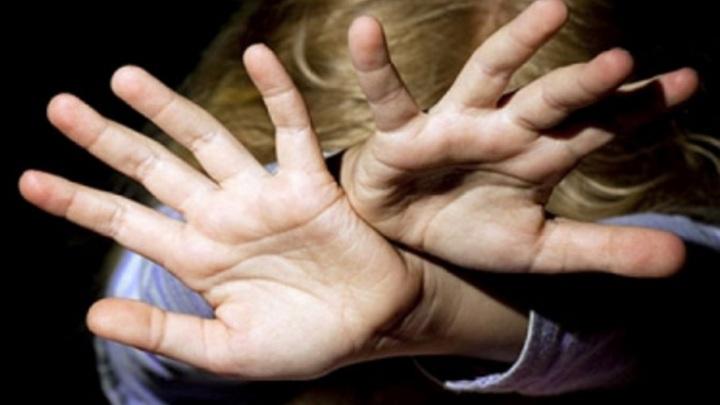 В Рыбинске задержали мужчину, подозреваемого в избиении 12-летней падчерицы