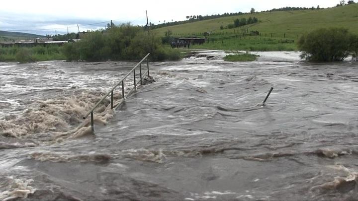Паводок в Забайкалье: вода продолжает прибывать
