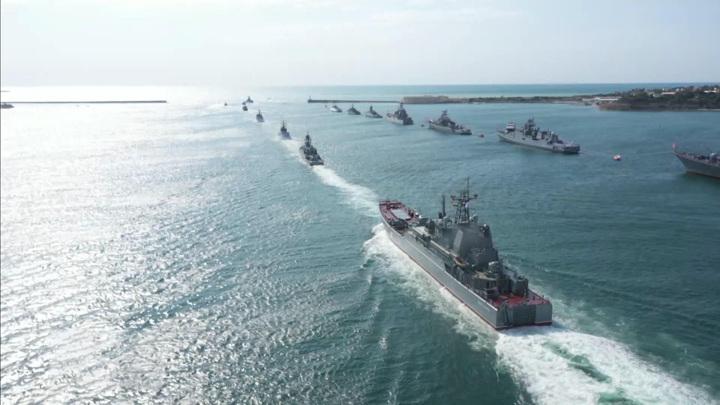 Город и флот едины: Севастополь отметил один из главных праздников