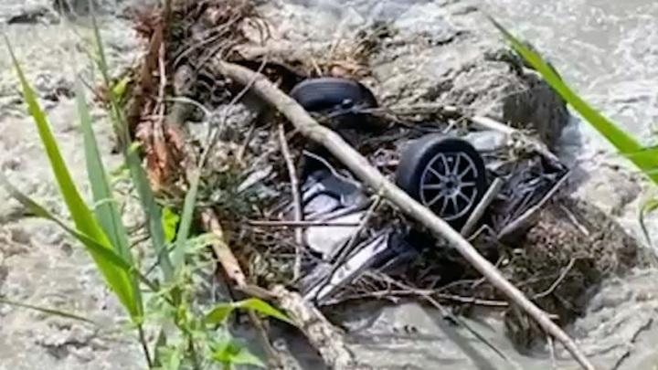 В Сочи продолжают искать дочь полицейского, погибшего во время разлива Мацесты