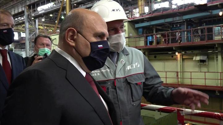 Мишустин ознакомился с процессом сборки МС-21 на Иркутском авиационном заводе