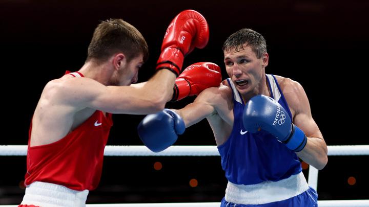 Боксер Андрей Замковой пробился в полуфинал и встретится там с кубинцем