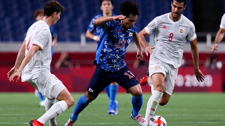 Испанские футболисты стали вторыми финалистами олимпийского турнира