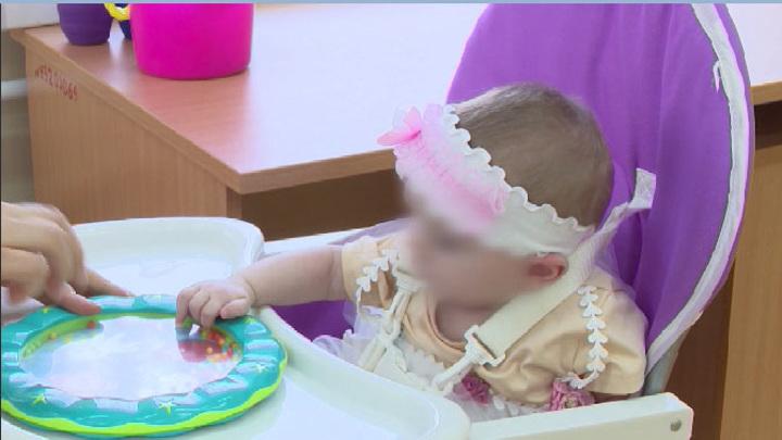 Мать, державшая новорожденную дочь в шкафу, предстанет перед судом