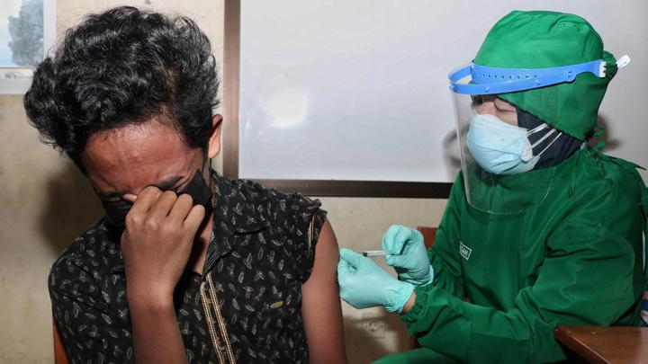 Хроники коронавируса: ВОЗ призвал помочь беднейшим