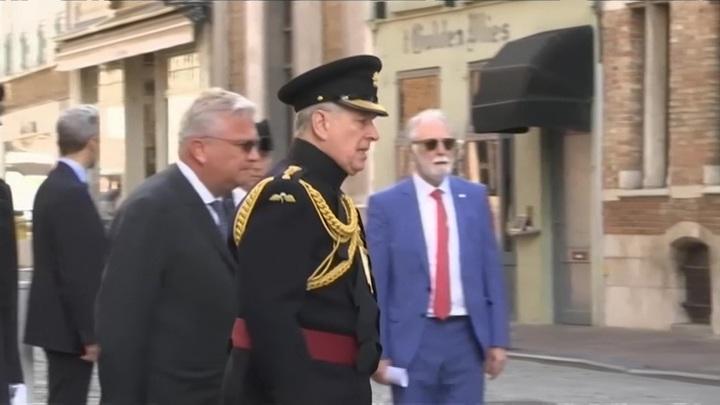 Британского принца Эндрю обвинили в изнасиловании