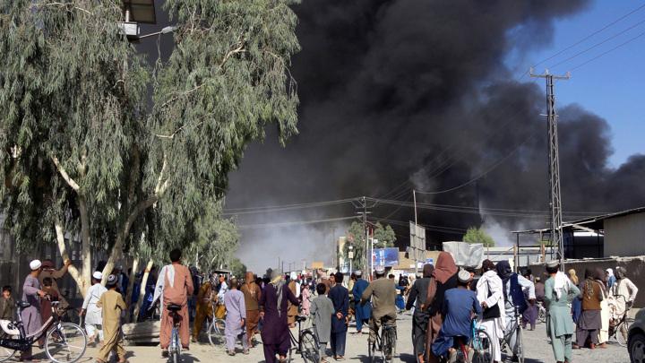 Число погибших при взрыве в мечети в афганском городе Кандагар возросло до 32