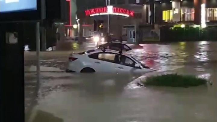 Библейский потоп. Спасатели ликвидируют последствия ливней на юге России