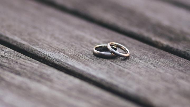 Пациентка психдиспансера не знала, что вышла замуж за вьетнамца