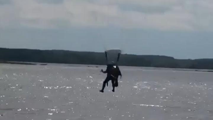 Ивановский завод разработал парашют для военных водолазов