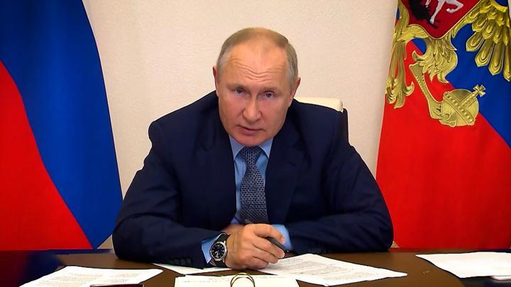 Путин поинтересовался мнением школьников