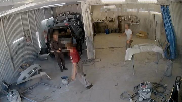 Ставрополец избил лопатой сотрудника автосервиса за неправильную парковку