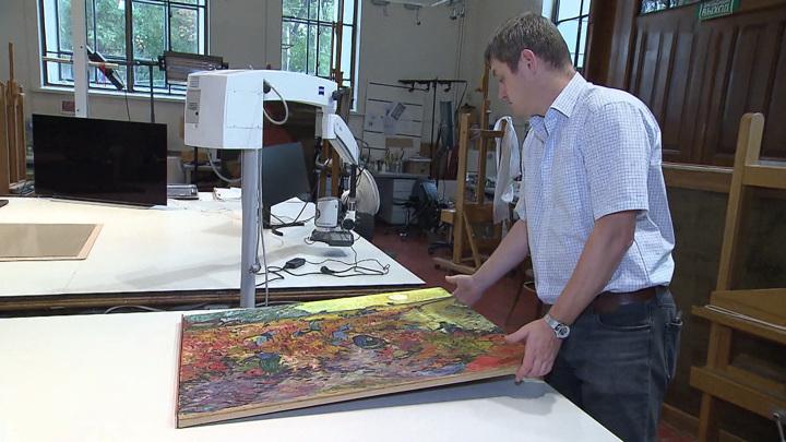 """Картина на реставрации: """"Красные виноградники"""" Ван Гога откроют секреты"""