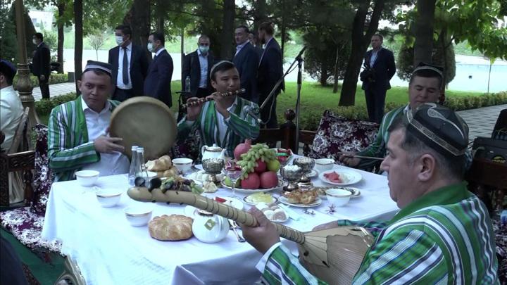 """30 лет независимости: """"третий Ренессанс"""" Узбекистана"""