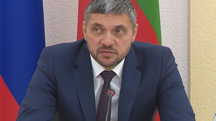 Глава Забайкалья поручил отремонтировать дороги до конца строительного сезона
