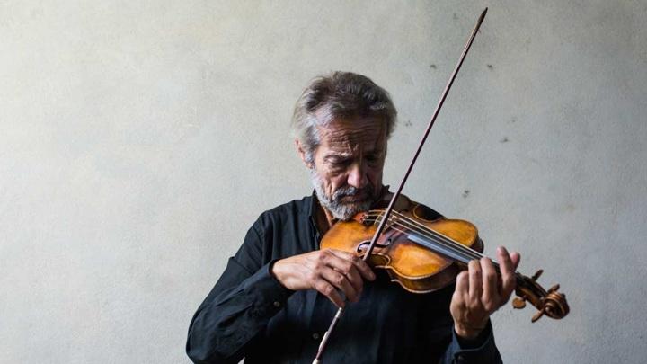"""В """"Зарядье""""выступит """"скрипичный принц барокко""""Джулиано Карминьола"""