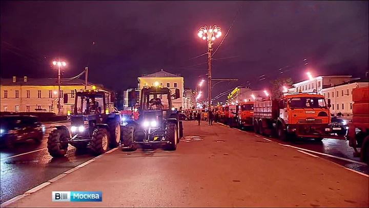В преддверии Дня города в Москве промыли тоннели, мосты и другие объекты