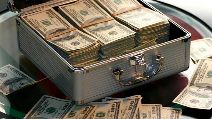 В Воронежской области проживают 2,5 тысячи долларовых миллионеров