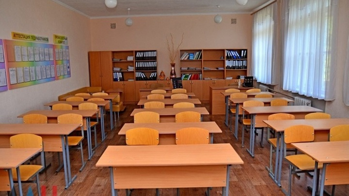 Почти 60 саратовских школ полностью ушли на карантин из-за коронавируса