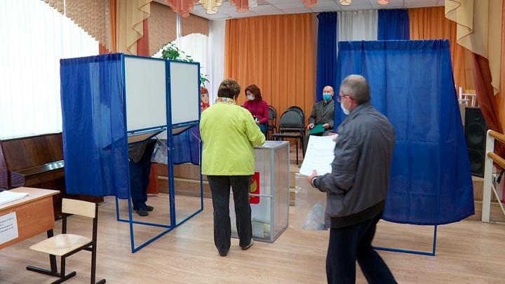 Случаи нарушения противоэпидемических мер на избирательных участках в России единичны