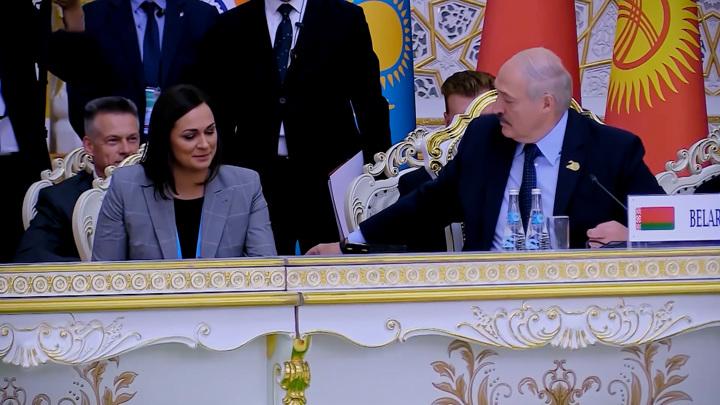 Редкие кадры: кому достались орехи от Лукашенко