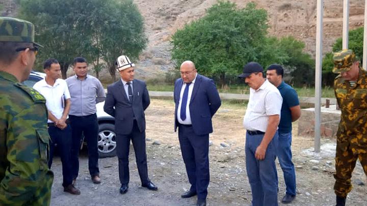 Три десятка таджикских школьников избили четырех киргизских учеников