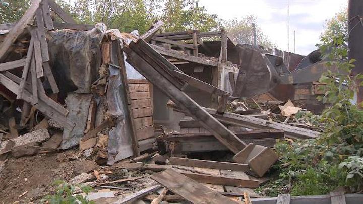 В Тюмени снесли почти сотню аварийных домов