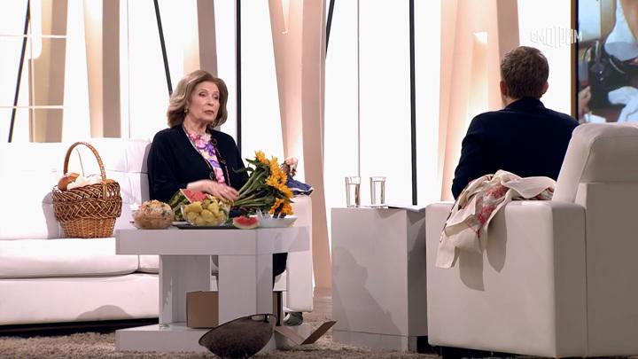 """""""Ты уже перестарок"""": Олег Ефремов был недоволен поцелуями с Людмилой Зайцевой"""