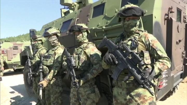 Сербский ультиматум НАТО: напряженность на границе Косова достигла пика