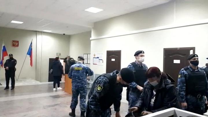 В Кемеровской области вводят новые антиковидные ограничения в нерабочую неделю