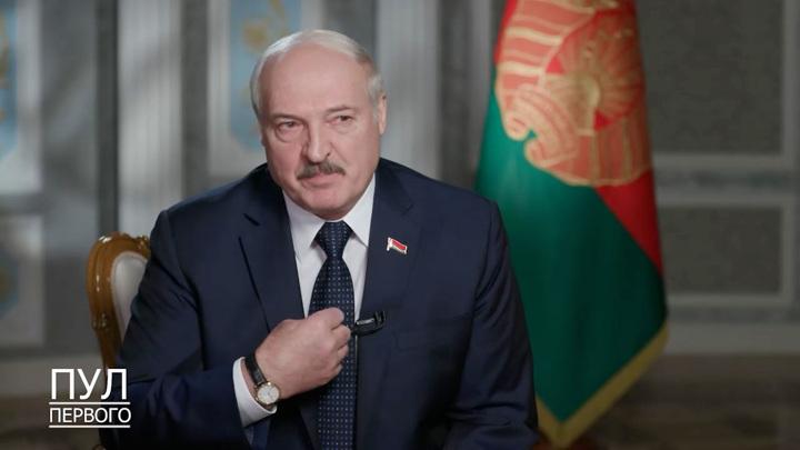 """Лукашенко хочет найти свой путь в """"дикой вакханалии"""""""