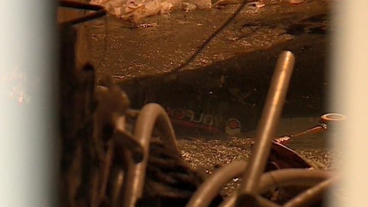 В Рязани после прорыва канализации подвалы жилых домов остаются затопленными