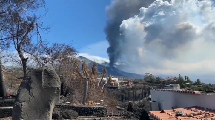 Извержение вулкана на Канарах: остров Ла Пальма превращается в зону отчуждения