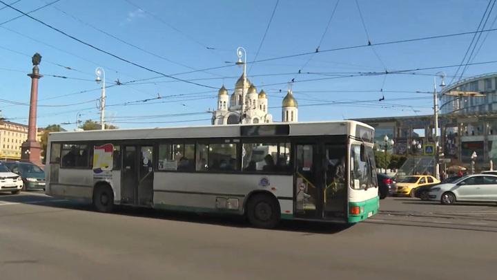 В Казани кондуктор выгнал из автобуса заблудившегося ребенка