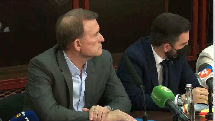 Медведчук назвал незаконными новые обвинения против него