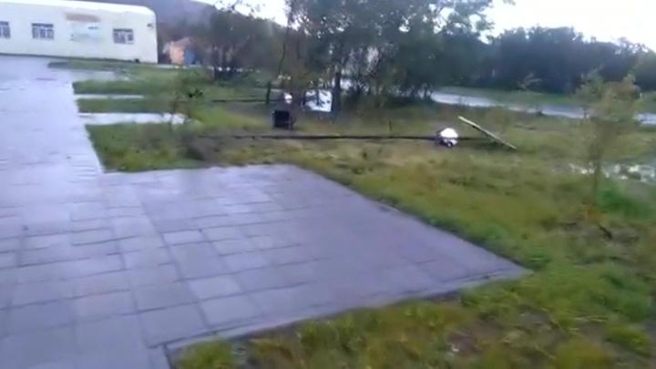 На Парамушир обрушился ураган