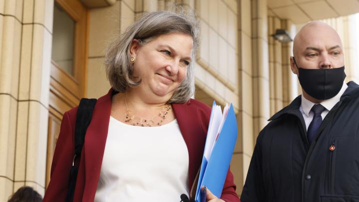 Рябков и Нуланд обсудили перспективы отношений между Россией и США